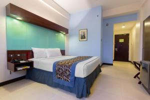 Microtel by Wyndham Mall of Asia, Szállodák  Manila - big - 29