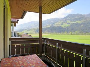 Haus Ruech 164W, Nyaralók  Hart im Zillertal - big - 18