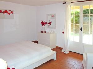 Villa Lou Perussié 175S, Prázdninové domy  La Garde-Freinet - big - 9