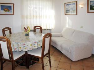 Ciasa Rasom 745W, Apartmány  Vigo di Fassa - big - 9