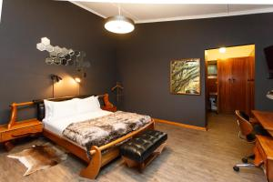 Miles B&B Guest House, Bed & Breakfasts  Oudtshoorn - big - 40