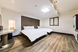 Hotel Tate, Hotely  Suwon - big - 5