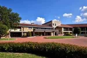 Bagni Di Petriolo Hotels and Apartments | J2Ski