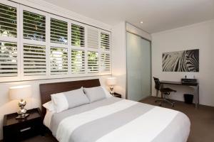 Two Bedroom Apartment Wigram Road(GLE20)