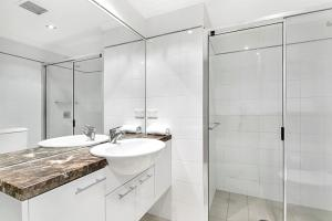 One Bedroom Apartment Atchison Street(L1103), Apartmány  Sydney - big - 4