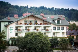Hotel i Restauracja Bona, Szállodák  Sanok - big - 44