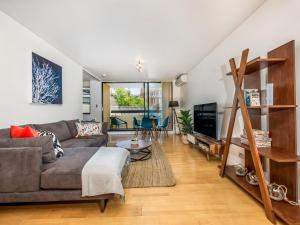 Modern and convenient 1-bedroom City Executive Pad