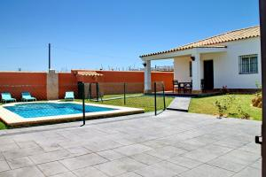 Chalet Cala de Roche, Holiday homes  Roche - big - 16