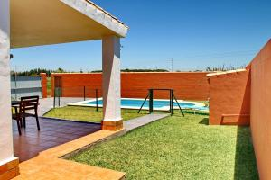 Chalet Cala de Roche, Holiday homes  Roche - big - 15