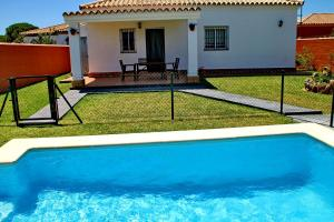 Chalet Cala de Roche, Holiday homes  Roche - big - 5