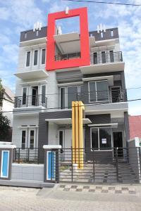Shafa House