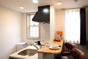 Located Centre of Naha, La Clairchance Kume 103, Apartments  Kume - big - 15