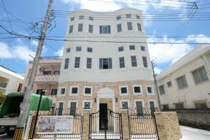 Located Centre of Naha, La Clairchance Kume 103, Apartments  Kume - big - 6