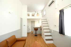 Located Centre of Naha, La Clairchance Kume 103, Apartments  Kume - big - 1