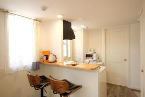 Located Centre of Naha, La Clairchance Kume 102, Apartmanok  Kume - big - 35