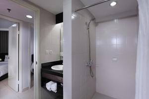 Aston Rasuna, Апарт-отели  Джакарта - big - 29