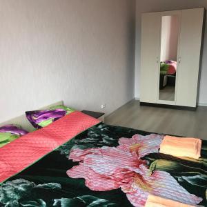 Apartment on Dudina 12