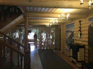 Inn Chalet Polyana, Мини-гостиницы  Новоабзаково - big - 5