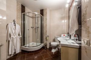 Hotel Bravo Lux, Hotel  Samara - big - 11