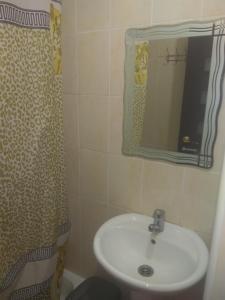Guest House Veronika, Affittacamere  Loo - big - 8