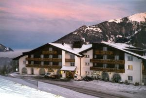 Seminar- & Erlebnishotel RömerTurm, Hotels  Filzbach - big - 1