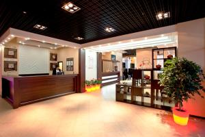Inside Business Hotel