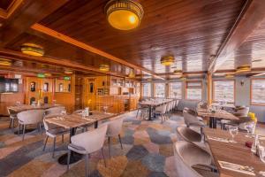 Boat Hotel Fortuna, Imbarcazioni  Budapest - big - 45