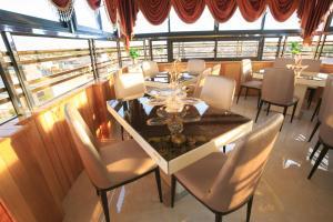 Pham Ha Hotel, Hotels  Hai Phong - big - 35