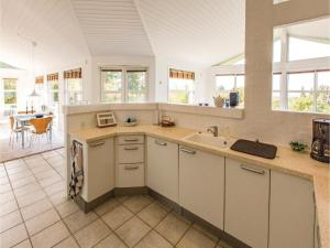 Two-Bedroom Holiday Home in Farevejle, Case vacanze  Fårevejle - big - 30