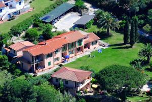 Residence Villa Cecilia - AbcAlberghi.com