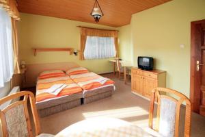 Penzion Pod Prehradou, Guest houses  Horní Bečva - big - 24