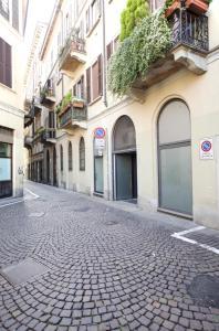 Mansard very close to Duomo, Appartamenti  Milano - big - 16