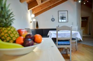 Hotel Restaurant Ferienwohnungen ALPENHOF, Apartmanhotelek  Übersee - big - 13
