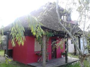 cabaña roja