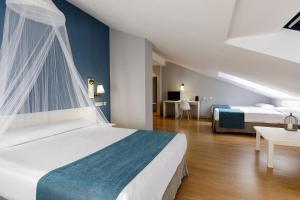 Hotel Jakue, Hotel  Puente la Reina - big - 14