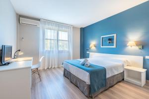 Hotel Jakue, Hotel  Puente la Reina - big - 12