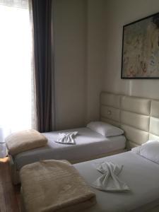 Living Hotel, Hotely  Tirana - big - 60