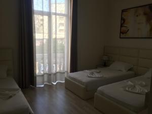 Living Hotel, Hotely  Tirana - big - 61