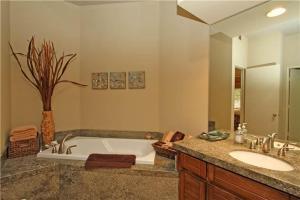 54603 Southern Hills, Holiday homes  La Quinta - big - 21
