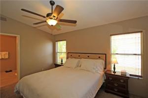 55421 Winged Foot, Prázdninové domy  La Quinta - big - 15
