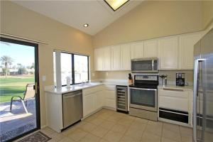 55-120 Riviera, Holiday homes  La Quinta - big - 17