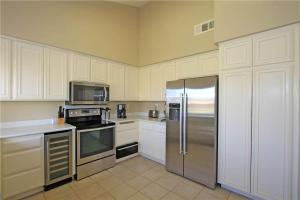 55-120 Riviera, Holiday homes  La Quinta - big - 15