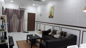 Tiarah Homestay, Apartmanok  Lumut - big - 3