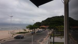 Apto Frente Mar Ponta das Canas, Apartmanok  Florianópolis - big - 3