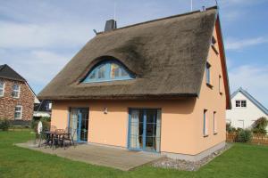 Ferienhaus Seeblick bei Dranske, Dovolenkové domy  Lancken - big - 17