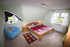 Ferienhaus Seeblick bei Dranske, Dovolenkové domy  Lancken - big - 4
