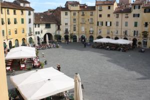 Micheli Suite Anfiteatro Square - AbcAlberghi.com