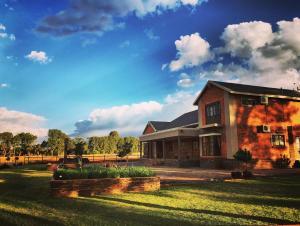 Makarios Country Lodge