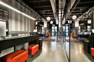 Fira Centric, Апартаменты  Барселона - big - 38