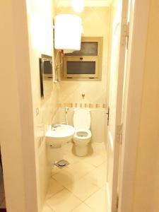 Sidi Bishr Furnished Apartments - Abbas Al Aasar (Families Only), Ferienwohnungen  Alexandria - big - 6